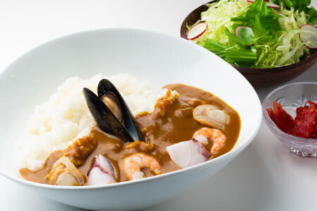 FOREST KITCHEN(フォレストキッチン)青森県五所川原市のレストラン g curry