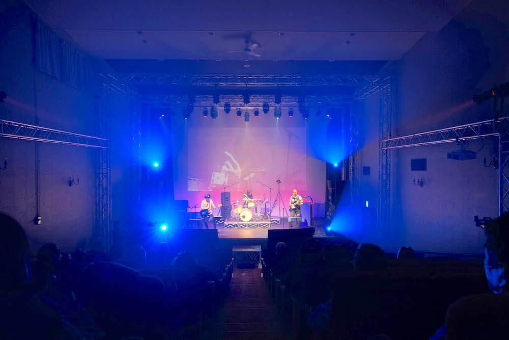 Team Dragons バラードからハードロックまで全てが魅力的なドリームバンド - FOREST BLUE teamdragons liveF3626